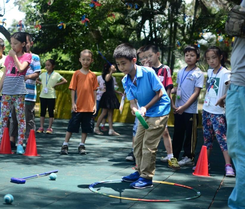 少儿短式网球体验,少儿高尔夫体验,家庭亲子互动游戏,儿童沙池,捉泥鳅